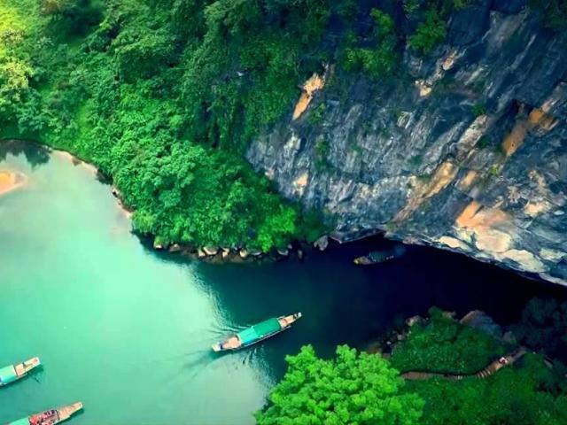 Tour Động Thiên Đường Sông Chày Hang Tối Động Phong Nha 2 ngày 1 đêm