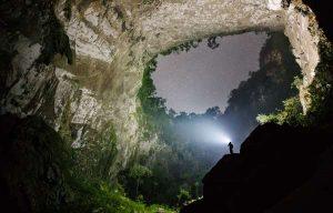 tour thám hiểm hang sơn Đoòng