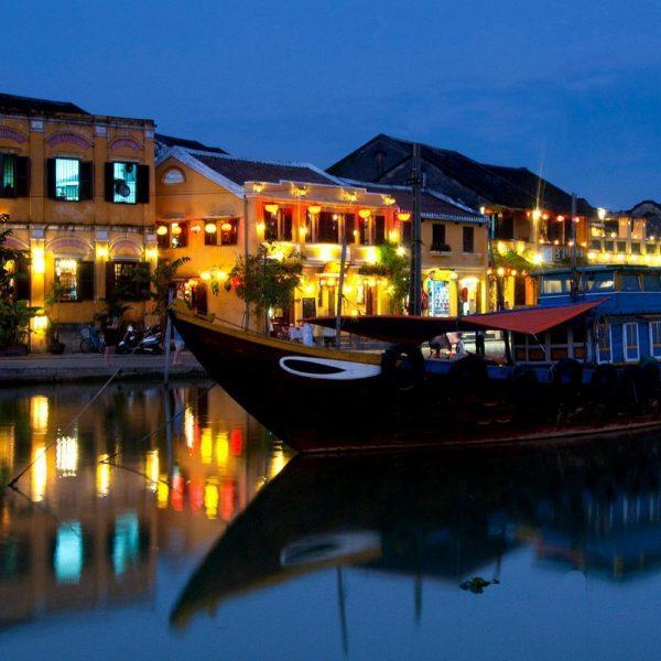 Tour Quảng Bình - Quảng Ngãi - Lý Sơn - Hội An 3 ngày 2 đêm