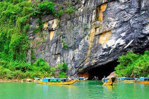 Tour Hà Nội Quảng Bình 3 ngày 4 đêm bằng xe khách