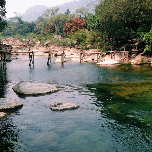 Tour ghép Suối Nước Moọc hàng ngày
