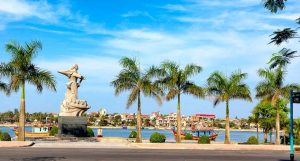 Tour Đồng Hới- Thung lũng Sinh Tồn- Hang Thủy Cung