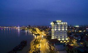 Riverside hotel - khách sạn đẹp gần biển Nhật Lệ