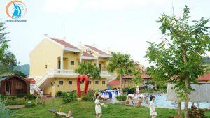 hồ bơi đoàn gia resort - địa điểm sống ảo ở quảng bình