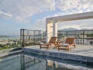 hồ bơi khách sạn marilla nha trang