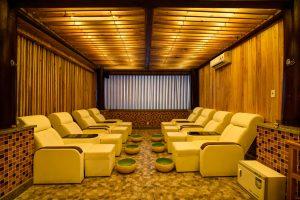 ghế massage sankofa village hill resort & spa