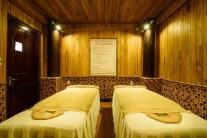 giường massage sankofa village hill resort & spa