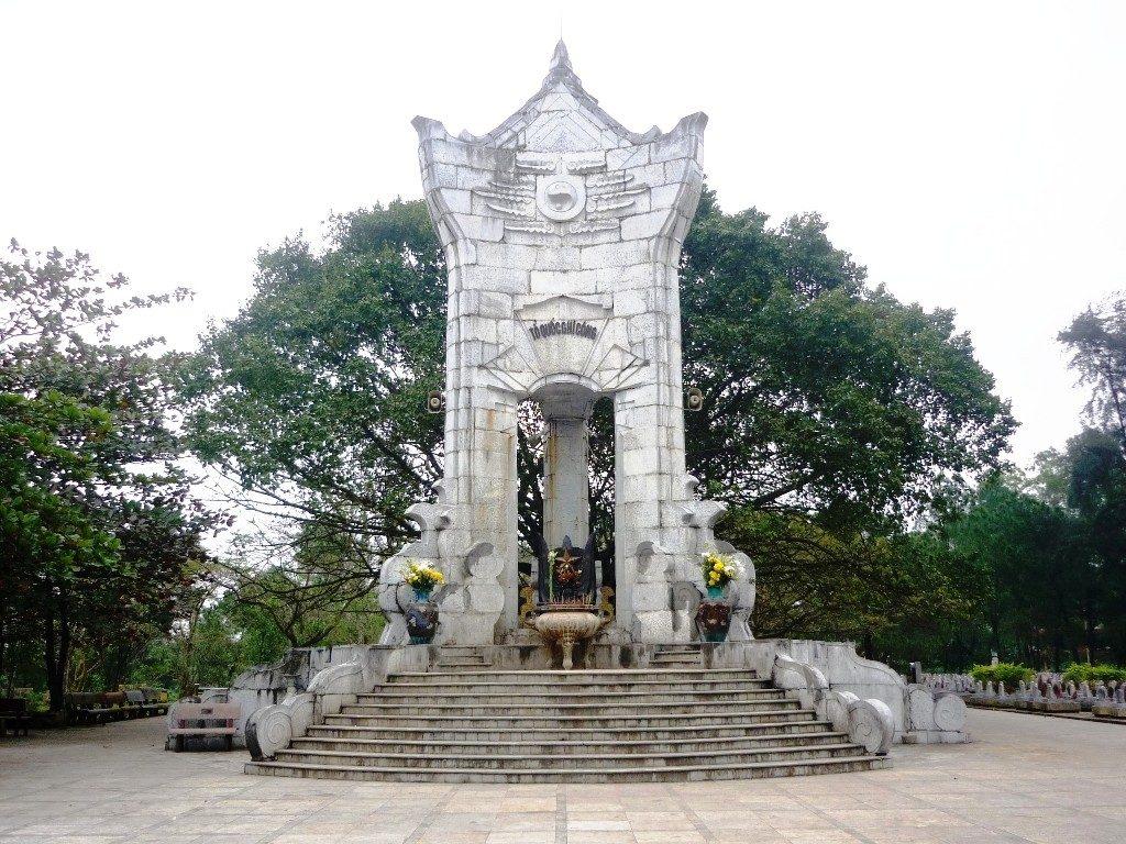 Tour Đà Nẵng - Huế - Quảng Bình - Quảng Trị 4 ngày 3 đêm