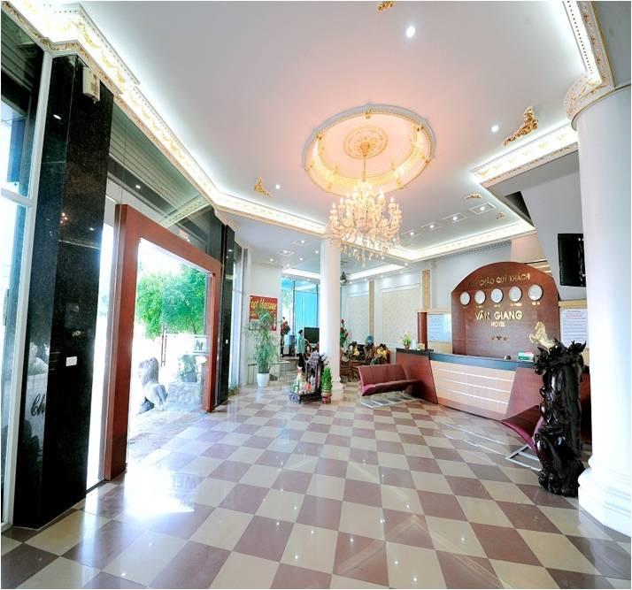 sảnh khách sạn vân giang