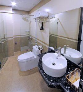 wc khách sạn vân giang