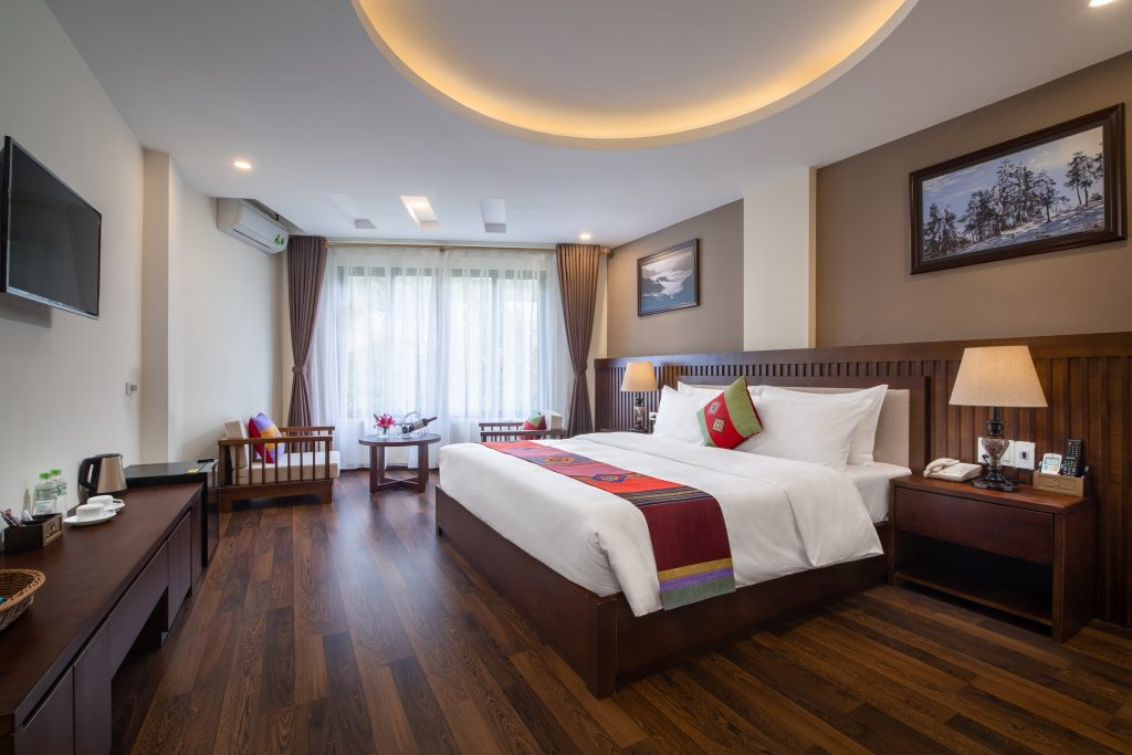 superior double the view sapa hotel