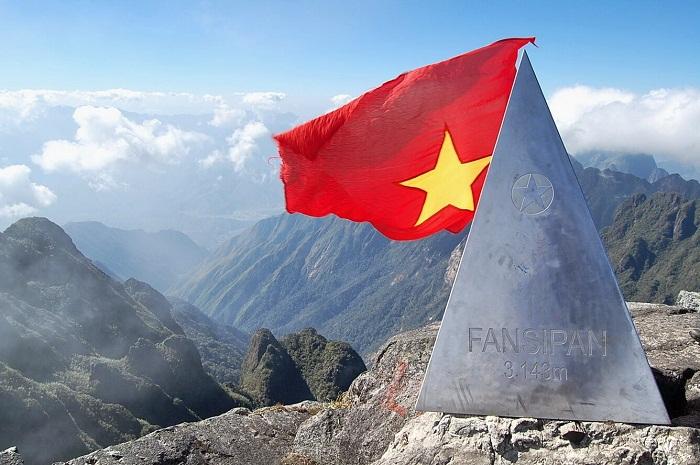 chinh phục đỉnh fansipan - nóc nhà đông dương