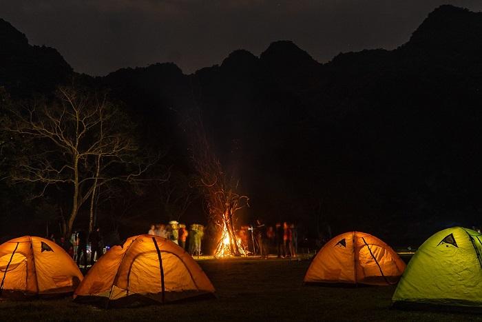 cắm trại hang chà lòi quảng bình