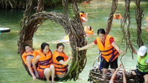 công viên ozo - kinh nghiệm du lịch quảng bình cho gia đình