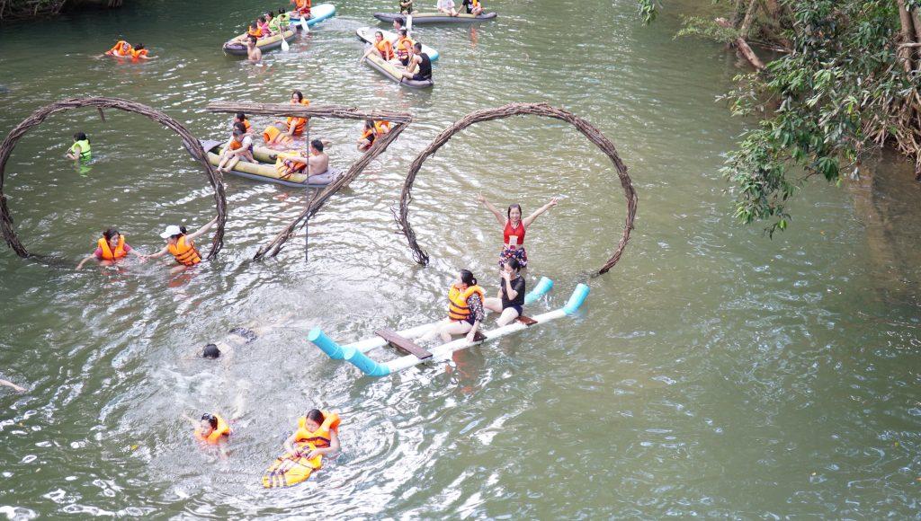 chèo thuyền kayak - công viên ozo