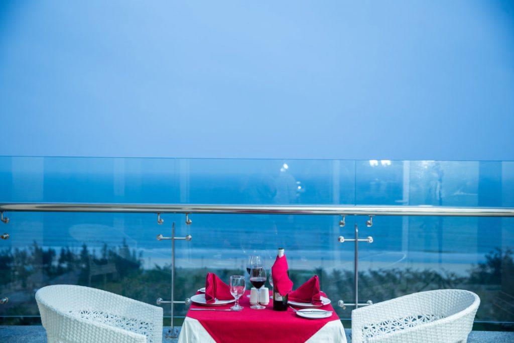 nhà hàng sunrise gold coast hotel