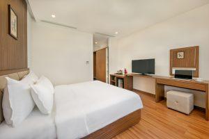 phòng de lamour hotel