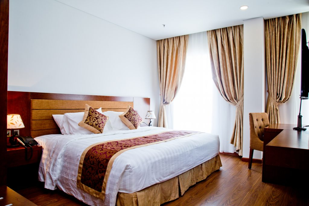 premier suite city view gold coast hotel
