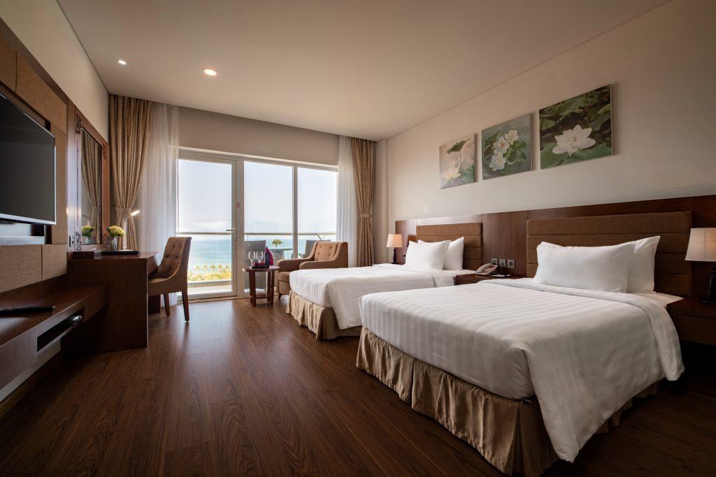 superior ocean view gold coast hotel